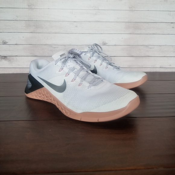 Womans Nike Metcon 4 Rust Pink
